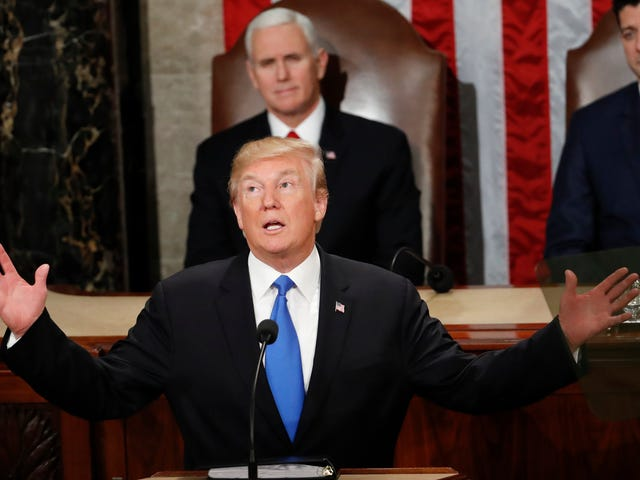 Google Calls BS on Trump's Claim It Blacklisted His 2017 and 2018 'State of the Union' Speeches