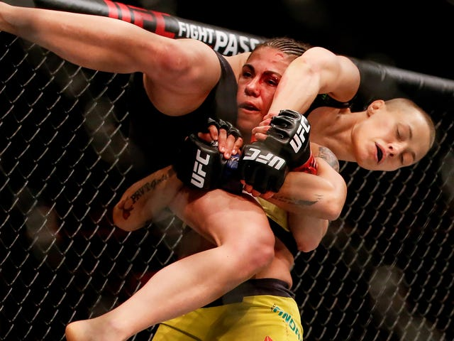 Jessica Andrade's Neck Slam KO Was Legal, But That Doesn't Make It Any Easier To Watch