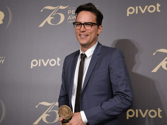 It Screenwriter Cary Fukunaga to Direct Bond 25 for a 2020 Release