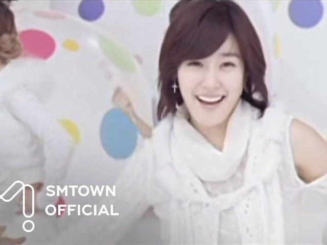 Lựa chọn của K-Pop trong ngày: Hôn bạn
