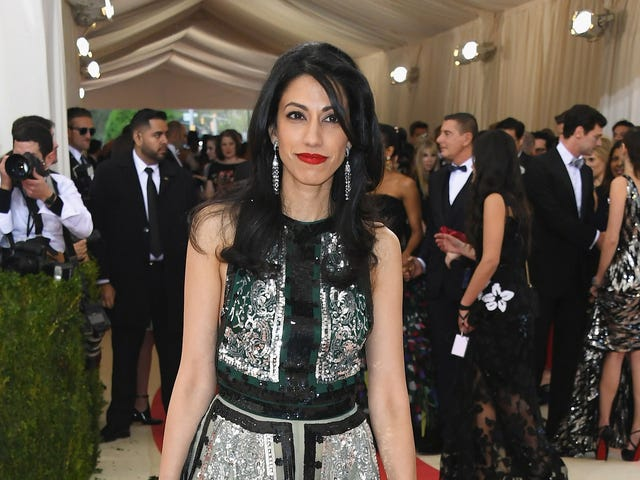Huma Abedin Is Hanging Out in LA With Men Who Are Not Her Bum-Ass Husband