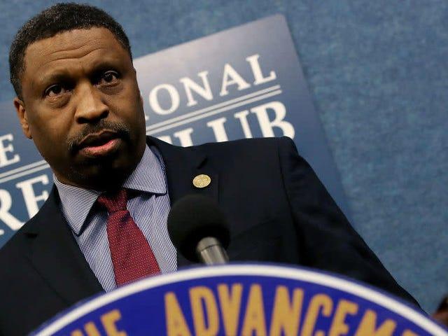NAACP lægger det til huset: Anklag Donald Trump!