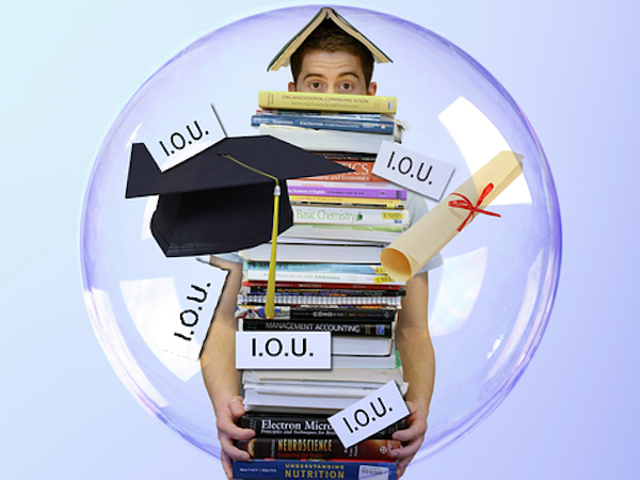 The Risks Associated With Refinancing Your Student Loan