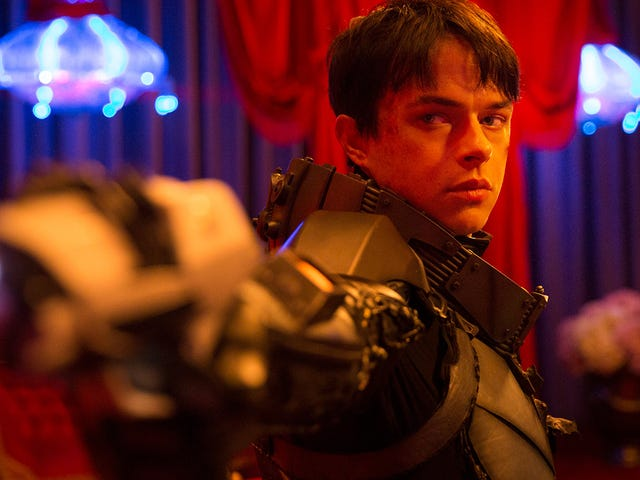 Let the New Valerian Trailer Shove a Crazy Vision of Space Action Into Your Brain