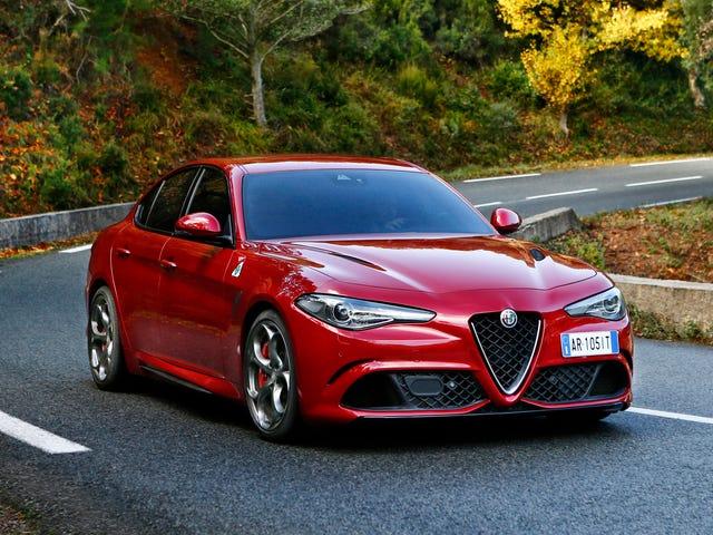 Сюрприз!  Alfa Romeo Giulia Quadrifoglio также является грозным для аренды