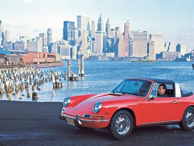 Porsche kỷ niệm lịch sử của mình tại Mỹ trong tuần này với chiếc Speedster mới, và tất cả bắt đầu từ