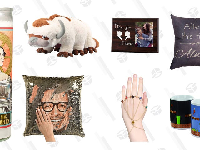 Buy the Nerd In Your Life One of These Geeky Valentine's Day Gifts