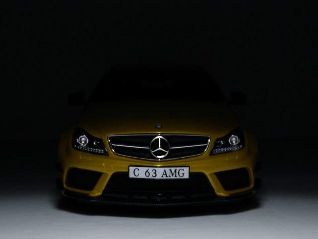 黑色和黄色:GT Spirit的1/18梅赛德斯 - 奔驰C63 AMG黑色系列
