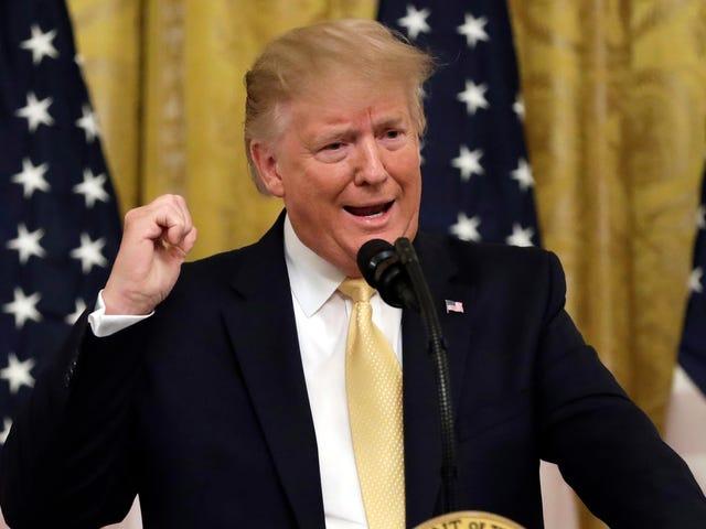 Beyaz Saray Dört İnternet Kelimesi Öğrendi ve Size Nasıl Yanlış Yazılacağını Öğretmek İstiyor