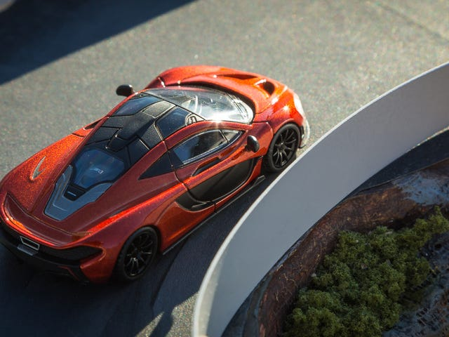 McLaren P1 i Volcano Orange