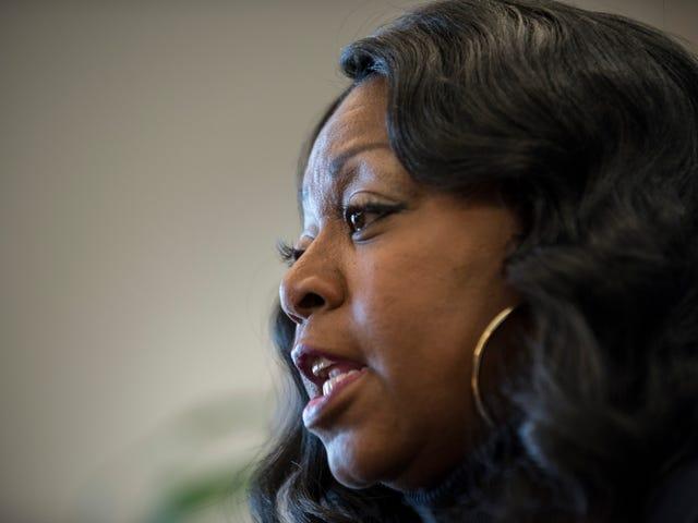 Philando Castile's Mom Is Sick of Wayne LaPierre and the NRA's Hypocrisy