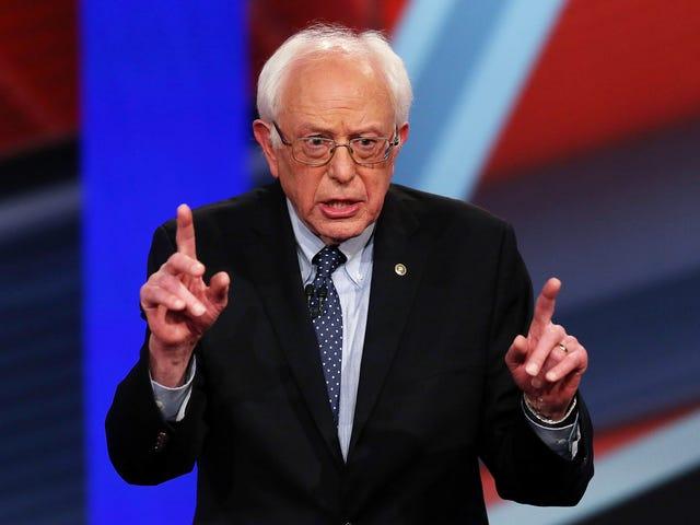 Jeg så på <i>CNN Debat Night: Kampen over Obamacare</i> .  Jeg vil gerne have de fleste af disse minutter tilbage