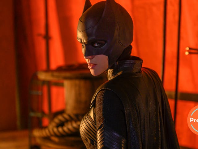 Batwoman's official entrance into the Arrowverse is full of grit and pacing issues