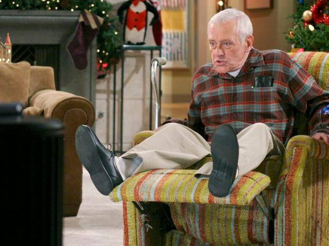 """<a href=https://news.avclub.com/read-this-in-praise-of-frasier-s-dad-s-chair-1798264977&xid=17259,15700023,15700105,15700124,15700149,15700168,15700173,15700201 data-id="""""""" onclick=""""window.ga('send', 'event', 'Permalink page click', 'Permalink page click - post header', 'standard');"""">읽기 : 프레이 저의 아빠의 칭찬에 의자</a>"""