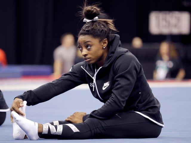 Lumuluha ang Simone Biles Habang Nagpapahayag ng Galit Sa USA Gymnastics