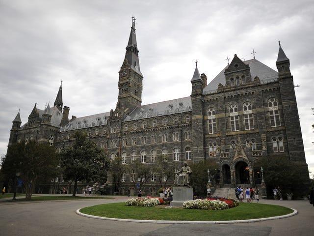Πανεπιστήμιο της Τζορτζτάουν να προσφέρει πλεονεκτήματα εισδοχής στους απογόνους των 272 σκλάβων που πωλήθηκαν