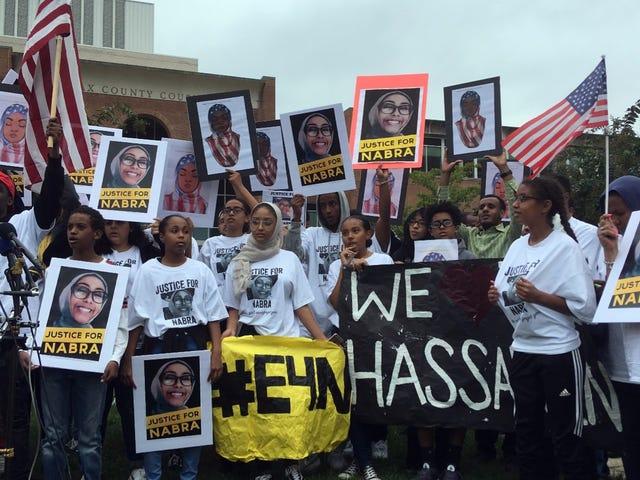 Человек обвиняется в убийстве и убийстве мусульманского подростка Набра Хассанен лишает смертную казнь