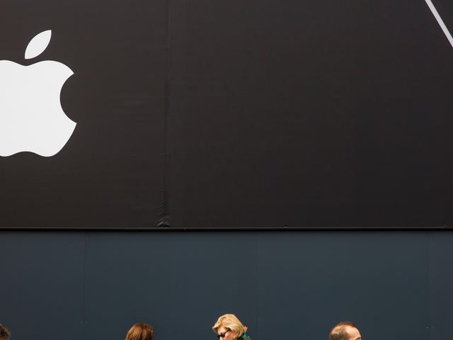 Apple's Using Your Call and Text Data to Figure Out Whether to 'Trust' Your Devices