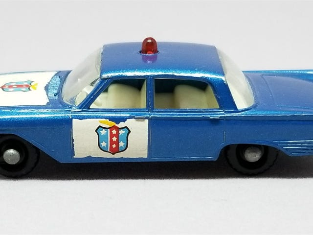 [REVIEW] Lesney Matchbox Ford Fairlane Police Car