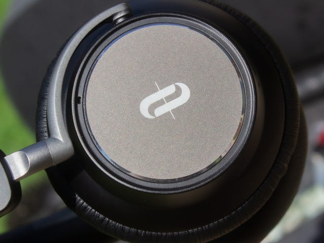 TaoTronics' SoundSurge 46 Are the Perfect Cheap ANC Headphones, Save for One Complaint