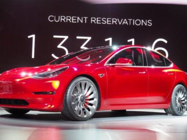 Bosan dengan Tesla Three?