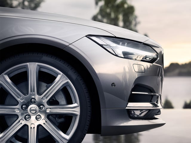This Volvo V90 Ad Is So Good You'll Watch It Thrice