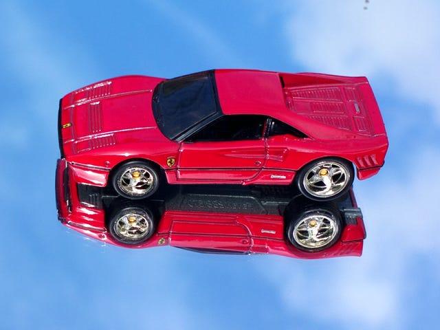 LaLD car week - A red streak in the sky