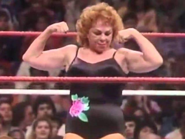 Fans er oprørende mod WWE Ære Fabulous Moolah, med god grund