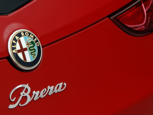 The Alfa Romeo 4C Replacement Could Be A Giulia-Based M4 Rival: Report