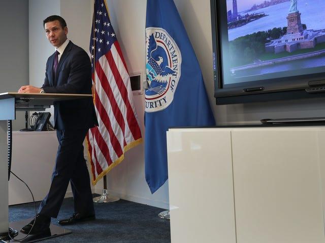 Los piratas informáticos robaron fotos de viajeros de Aduanas y Protección Fronteriza