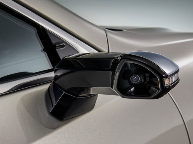 Lexus Beat Audi by Bringing Wing Mirror Cameras to Market First