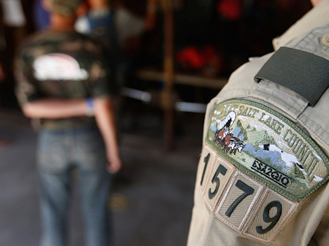 Les Boy Scouts accueillent tous les enfants transgenres identifiant les garçons en rangs