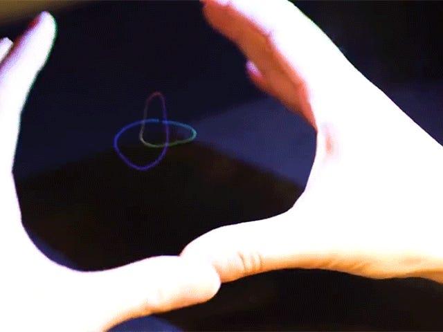 Des chercheurs ont créé des hologrammes que vous pouvez sentir et entendre