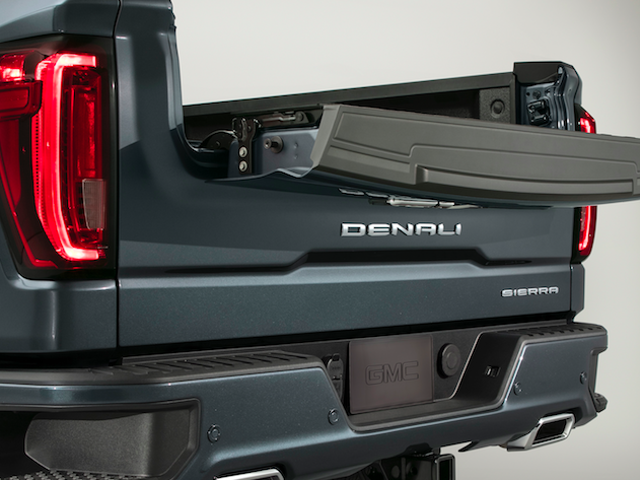 The 2019 GMC Sierra Has The World's First Carbon Fiber Bed