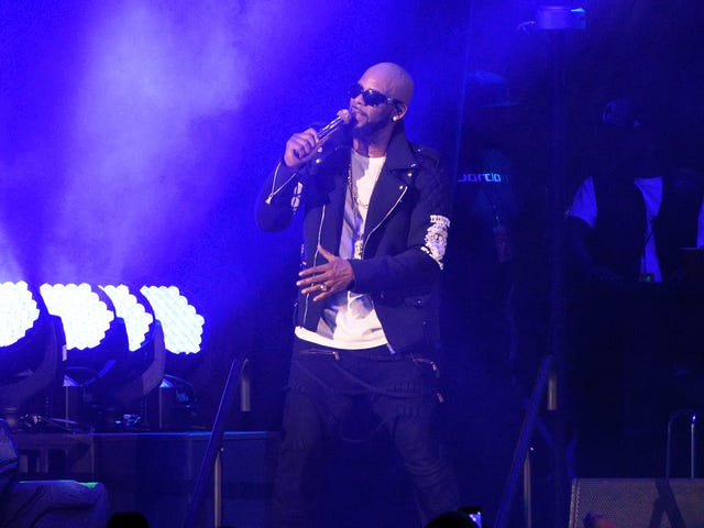 Lawyer, Publicist, Assistant Drop R. Kelly Like a Bad Habit