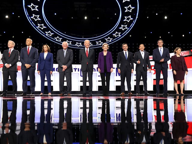Wie man die demokratische Präsidentendebatte von heute Abend sieht