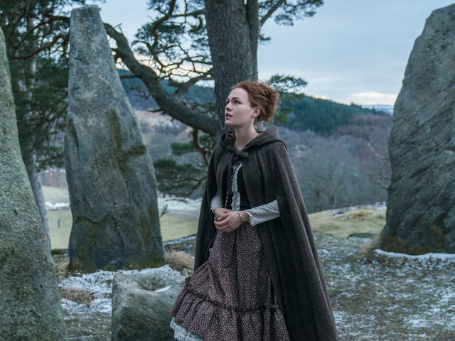 Outlander fires up the ol' standing stone circle for some more time-travel shenanigans
