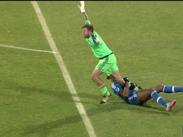 Didier Drogba, fortfarande en innovatör, hitta nya sätt att spela sporten