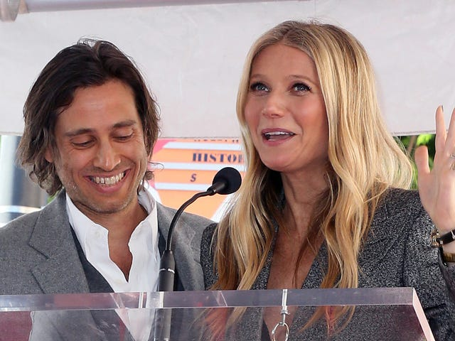 Personally, I Love That Gwyneth Paltrow Doesn't Live With Her Husband