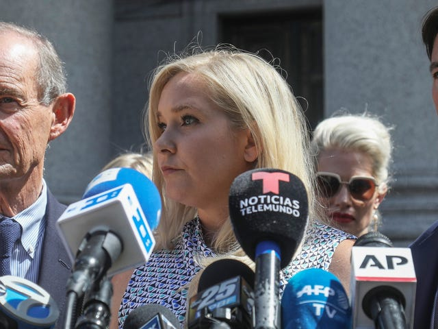 Die Epstein-Ankläger sind es leid, in welcher Sprache sexuelle Übergriffe beschrieben werden