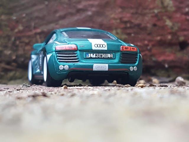 Matchbox 세계 여행자 Audi R8