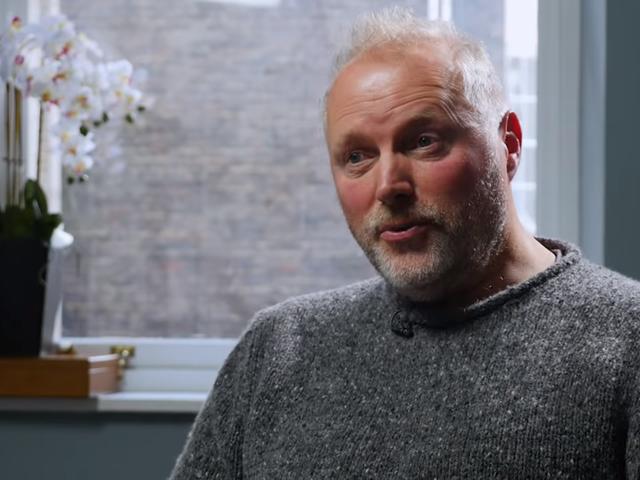 Лайна виграє справу проти поліції Великобританії, яка попередила його про свої трансфобічні твіти