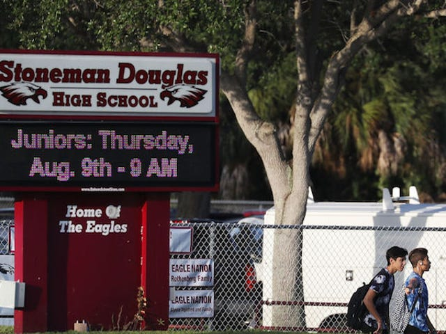 Parkland Shooter Obsessively Texted Girl He Labeled in His Contacts As 'Warning Love Of Your Life'