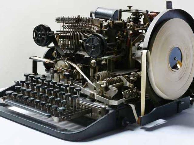 Encuentra un teleprinter nazi de la Segunda Guerra Mundial og eBay og sammenligner med 13 euro