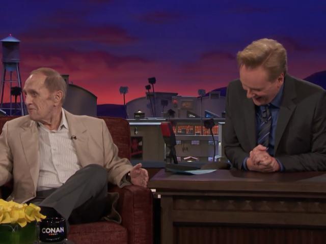 Comic legend Bob Newhart busts out a surprisingly solid Joe Pesci impression on Conan