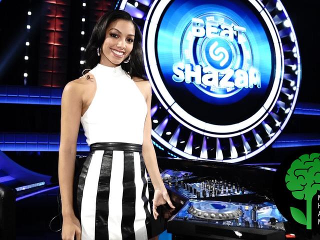 Corinne Foxx có được hạng mục riêng của cô ấy trên Beat Shazam và nói về việc đánh bại sự lo lắng của cô ấy