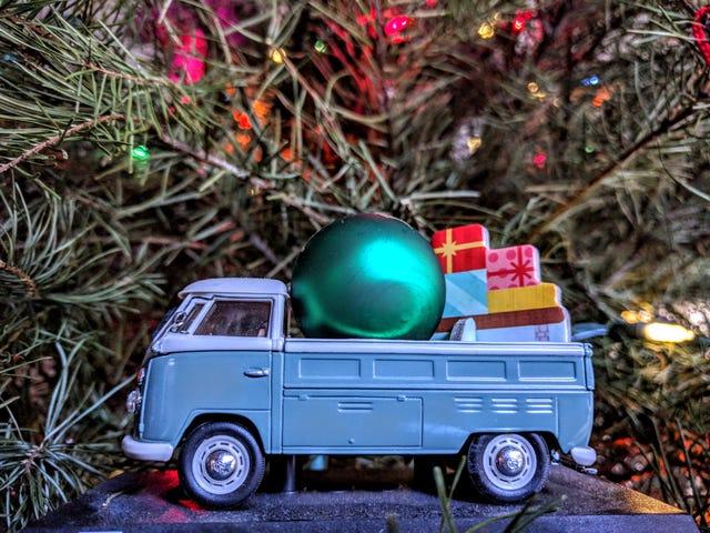 Happy Holidays, LALD