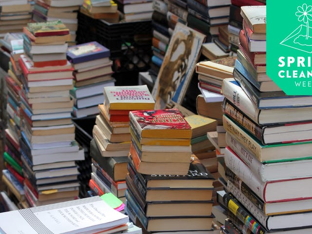 How to Prune Your Book Collection, According to Professional Book People