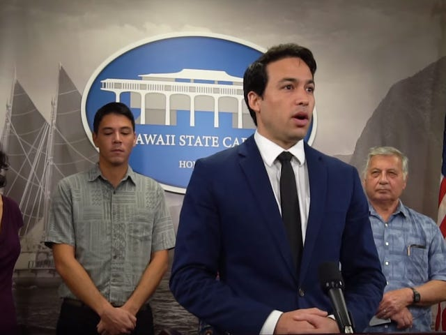 Hawaii Wants To Fight The 'Predatory Behavior' Of Loot Boxes
