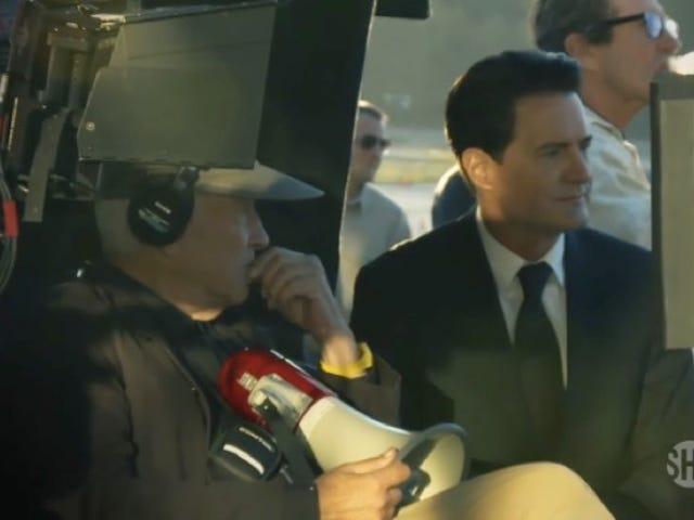 Nous avons enfin un petit aperçu de la fabrication des nouveaux <i>Twin Peaks</i>